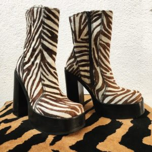 Steve Madden Zebra Dwayne Boot Animal Print Woman's Size 8