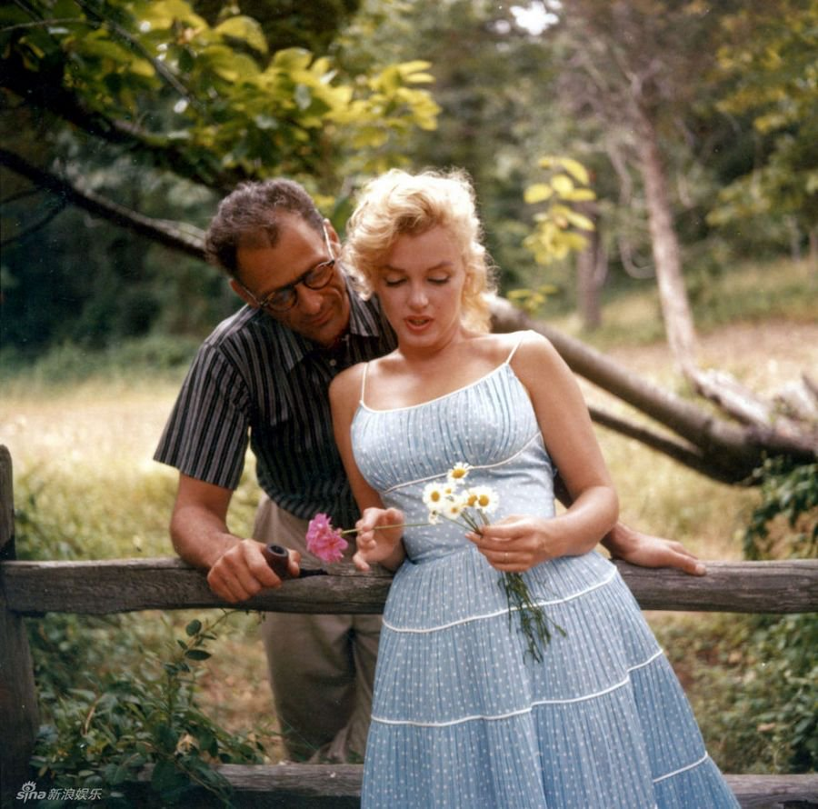 To acquire Monroe Marilyn blue dress pictures picture trends